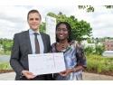 """ferestre rehau. REHAU sprijină iniţiativa """"Voci Puternice"""" cu know-how şi soluţii inovatoare de sisteme pentru proiectul pilot din Kenia"""