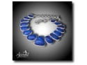 rochie alba. colier din argint cu abalone albastru la Accent Bijuterii