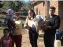 voluntariat. Liceeni voluntari cu IMPACT ajuta familii sarace