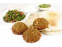mancare gatita. Falafel, preparat libanez vegetarian, pe bază de năut