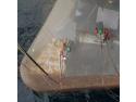 camere de sablare. In imaginea de mai sus se poate observa folosirea ancorelor magnetice si a corzilor tensionate, in cadrul operatiunii de sablare realizate de AlpAccess pentru producatorul Zafiro de la Exxon Mobil, pe coasta Malabo (Guineea Ecuatoriala).
