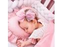 Cum să alegi îmbrăcămintea potrivită pentru nou-născuți? fotografia d ecalatorie