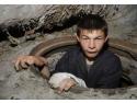 consum apa calda. copii strazii