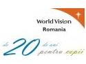 Bursierii World Vision strâng cărţi pentru biblioteca din comuna Golăieşti