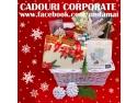 Cadouri si cosuri cadou corporate pentru Craciun
