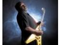 Biloxi Blues. Concert extraordinar de blues cu Michael 'Iron Man' Burks la Hard Rock Cafe