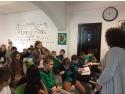 scoala de pr. Premii acordate celor mai interesante întrebări adresate de elevi invitaţilor