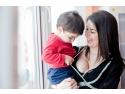nastere. Aniela Petreanu impreuna cu fiul ei, Carol