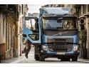 Volvo Trucks a creat un mediu de lucru confortabil şi facil pentru şofer având în vedere faptul că acesta urcă şi coboară de multe ori pe zi în/din camion.