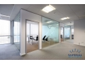 sticla fotovoltaica. Compartimentari birouri cu sticla pentru spatii gandite modern!