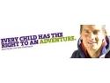 Supravietuitorul Discovery, Bear Grylls, ii sustine pe cercetasii romani pentru RoJam 2011