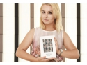 blogging. Afla cine este blogarita care a depasit recordul de selfie-uri