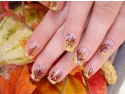 Imbraca-ti unghiile in culorile toamnei!