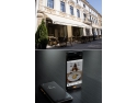 The Mansion Hotel introduce smartphone-ul - handy - in Romania