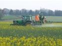 utilaje agricole. Pesticide-AZ.ro -  Erbicide eficiente care protejeaza culturile agricole de plantele parazite
