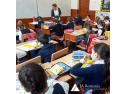 JA România și Raiffeisen Bank continuă să susțină educația financiară prin activități la clasă pentru elevii de școală generală și liceu targ de rechizite