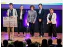 Communists leaders. Un licean roman a castigat Alumni Leadership Award in finala europeana Compania anului 2015 de la Berlin
