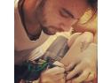indepartare tatuaj. La 59 de ani, un american si-a facut un tatuaj foarte original
