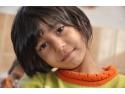 ajuta copii orfani. Astazi mai poti sustine printr-un vot dreptul la educatie pentru 80 de copii orfani!