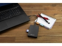 Hard disk Verbatim Store 'n' Go cu cititor de carduri SD