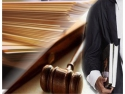 reuniune avocati. Oficial, avocatii protejeaza interesele oricarei afaceri