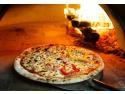 pizza delivery. Comanda o pizza din sectorul tau si noi o livram in cel mai scurt timp