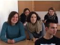 voluntari. Educatia non-formala vine la liceu prin voluntari europeni