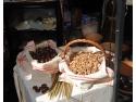 Bunatati traditionale. Targ de bunatati, cadouri si antichitati la MNTR