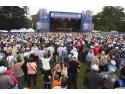 cos picnic. Aproape 14 000 de fani reuniti la Marele Picnic Dacia 2014 din Franta