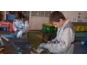 Stagiarii Renault România de la Liceul Tehnologic de Construcţii Maşini Mioveni au luat vacanţă