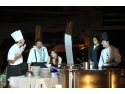 spectacol. Hotel Vega din Mamaia lanseaza un spectacol unic pe litoral: Live Cooking Show