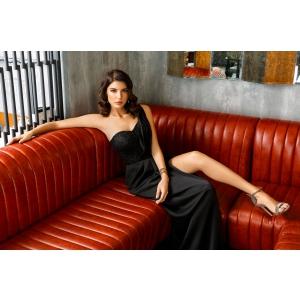ABSOLU. Colectia de rochii de seara Noire Absolu
