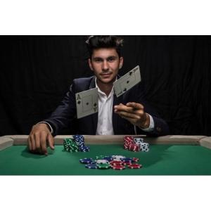 Ce tipuri de turnee poți să joci la 888poker și de ce merită să te distrezi la acest operator