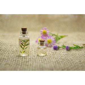 Experții Oriflame îți arată cum să alegi parfumuri online în funcție de câțiva indicatori cheie