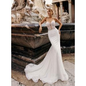 Cu ESPOSA Bridal Boutique ai rochia de mireasa mult visata