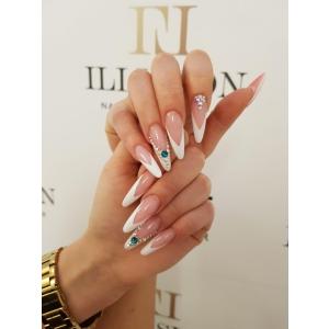 Cu Illusion Nail & Beauty Center vei avea unghii cu gel splendide
