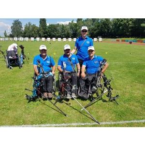 25 de sportivi cu dizabilități participă la Campionatul Național de Tir cu Arcul