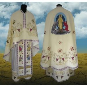 Crilovic, povestea cu continuitate  in linia de productie a hainelor preotesti si a produselor bisericesti