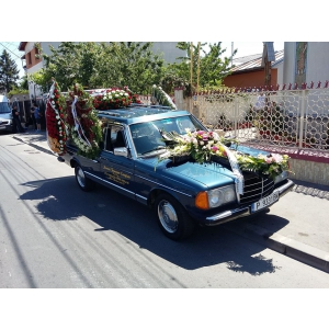 rarox. funerarenonstop-bucuresti.ro