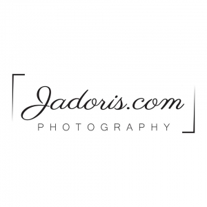Jadoris, echipa de fotografi disponibili pentru locatii diverse