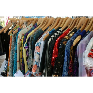 Milenium Shopping - furnizorul tau de haine second hand in regim en gross