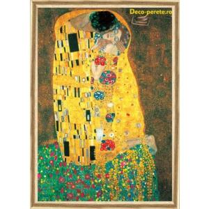 Ofera un plus de personalitate living-ului cu picturile celebre de la Deco Perete