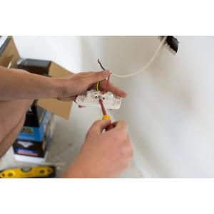 Pentru Bucuresti si Ilfov - societatea Garea pune non-stop la dispozitie electricieni cu experienta!