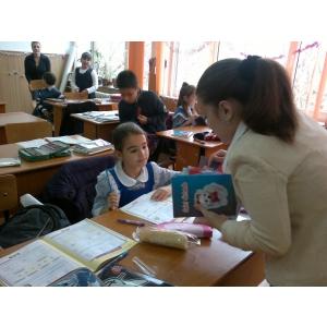 retetele lui radu. Consilierii deputatului Dan-Radu Zatreanu au repartizat micilor elevi donatiile colectate