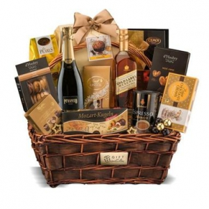 macarons. Whiskey, praline, macarons, ciocolata si cosurile de cadou corporate