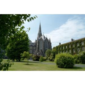 FantastiKids si Adventure Travel organizează tabara de limba engleză la Universitatea Maynooth, Irlanda