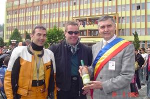 New Europe Directories Sarl Luxembourg. Michel Turk, preşedintele Uniunii Motocicliştilor din Luxembourg s-a întâlnit cu primarul Daniel Thellmann