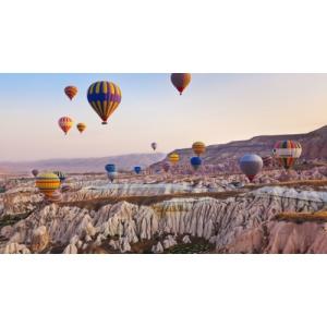 Destinații de poveste unde poți să te plimbi cu balonul cu aer cald