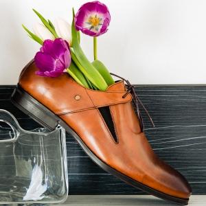 Colecția ta de încălțăminte are nevoie de un update? Cum alegi pantofii ideali pentru sezonul călduros?
