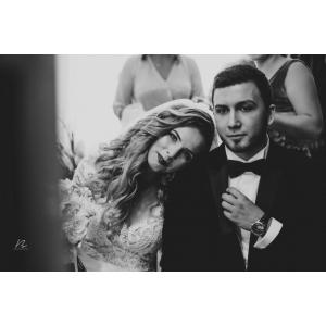 Cum îți alegi fotograful de nuntă în 4 pași simpli?